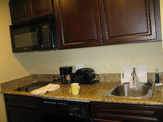 Homewood Suites by Hilton Lake Buena Vista-Orlando: Kitchen