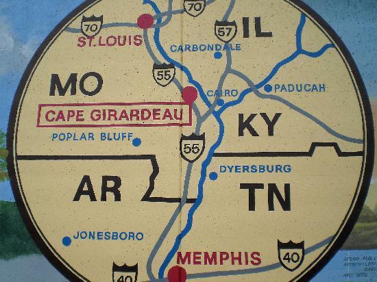 Cape Girardeau, MO: map on flood wall