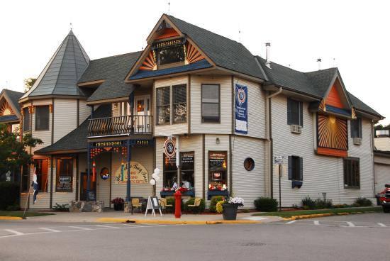 Frankfort, MI: The Inn