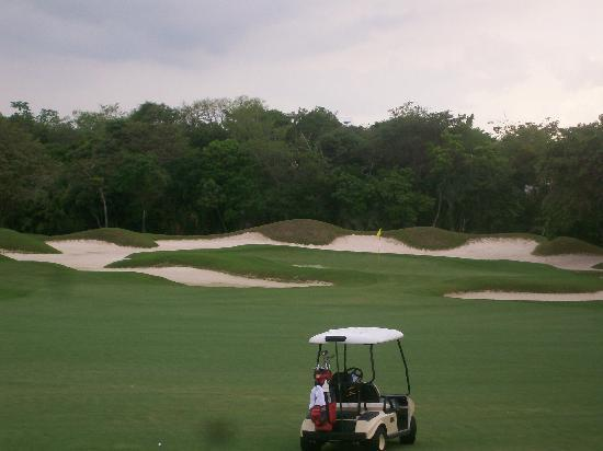 Playacar Golf Club: Sand, anyone?