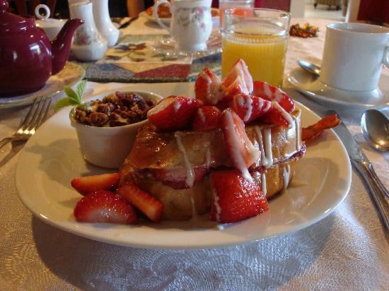 "Eastman Inn : Here I present to you: ""The Best Breakfast Ever!"""