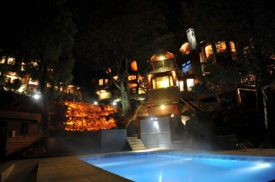 Charming Luxury Lodge & Private Spa: Piscina climatizada