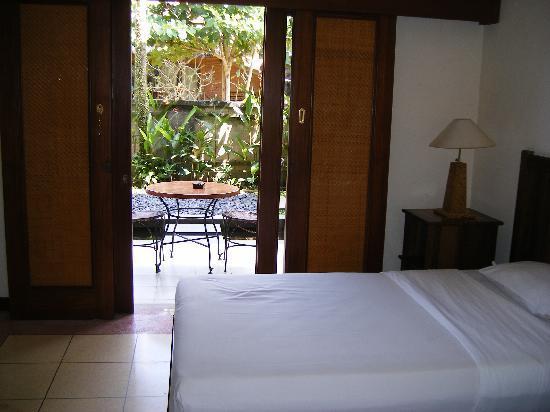 Kakiang Bungalows: Bedroom