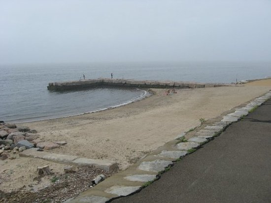 Old Saybrook, CT: shore and jetty
