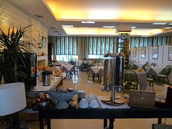 Ibis Styles Niort Centre Grand Hotel: salle petit dejeuner