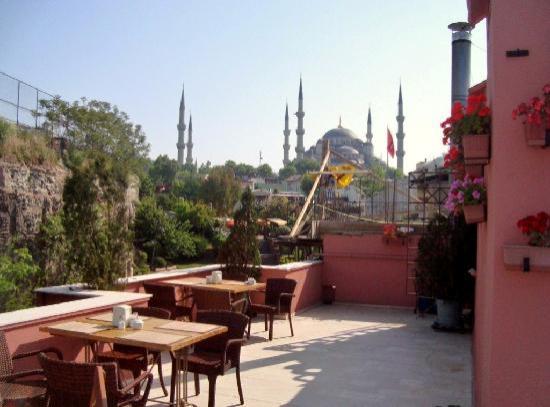 Erguvan Hotel : Terrace