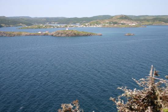 Skerwink Trail : View of Trinity, Newfoundland