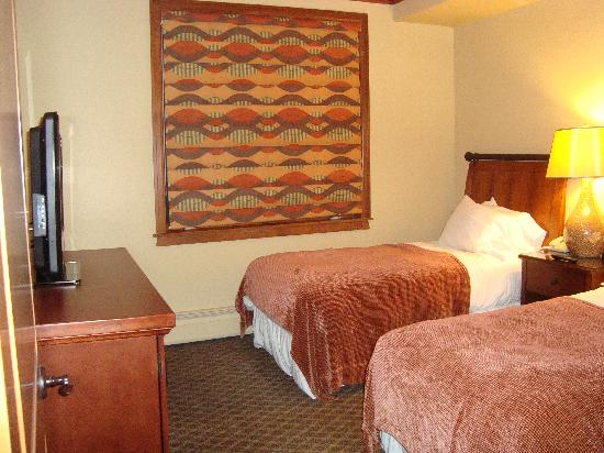 Valdoro Mountain Lodge: Two Twin bedroom