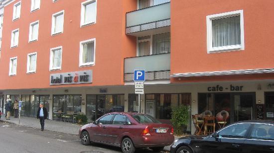 Hotel vis à vis: Hotel Vis a Vis