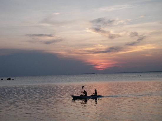 Kura Kura Resort: Sunset on Kura Kura
