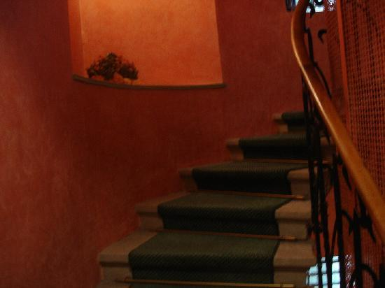 Tiffany Hotel: interior