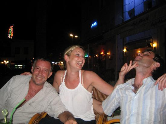 Aegean Gate Hotel: drinks with Gary and Rory