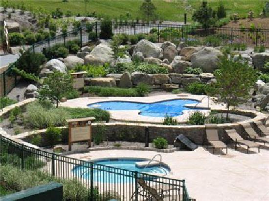 Mountain Creek - The Appalachian & Black Creek Sanctuary : Pool area