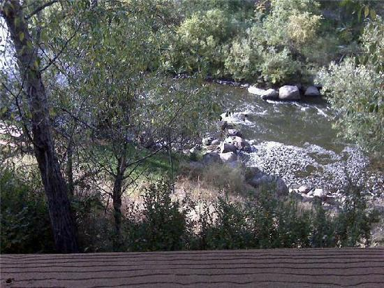 Rabbit Ears Motel: View of the Yampa River from the second floor balcony
