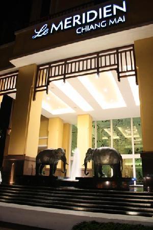 โรงแรมเลอ เมอริเดียน เชียงใหม่: Lé Meridien Chiang Mai
