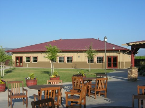 Wiens Family Cellars - Winery: A separate, banquet building in the background