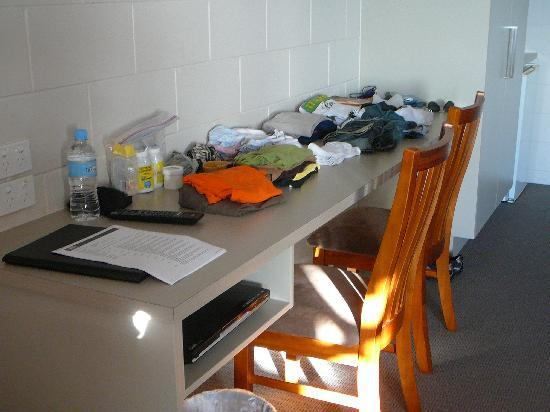 Yongala Lodge by The Strand: No shelves or drawers so clothes go on the desk