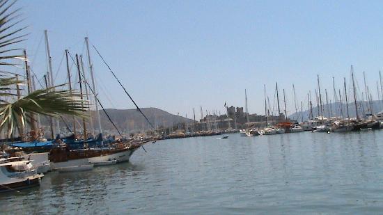 Aegean Gate Hotel : castle