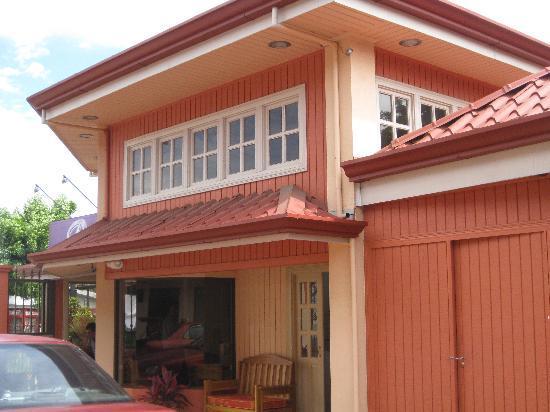 Prado Inn & Suites: Office