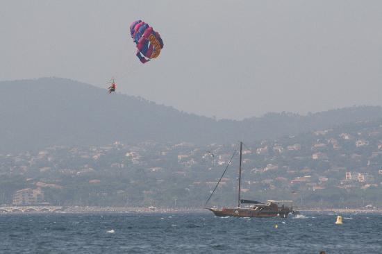 Hotel de France : paracadute ascenzionale - spiaggia St Raphael