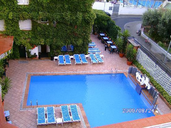 Xaine Park Hotel: Außenpool