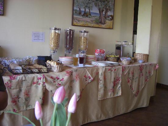 Hotel Funtana Marina : Breakfast