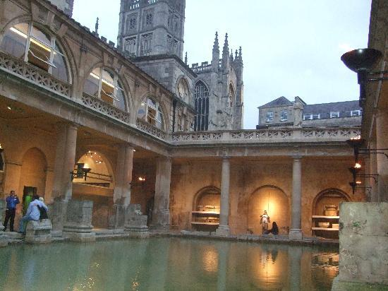 Holiday Inn Express Bath: ROMAN BATH 観光に最適です!