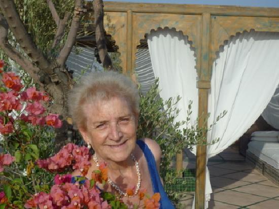 Les Jardins de la Medina: J'ai fêté avec un immense bonheur mes 80 ans  dans ce lieu magique....