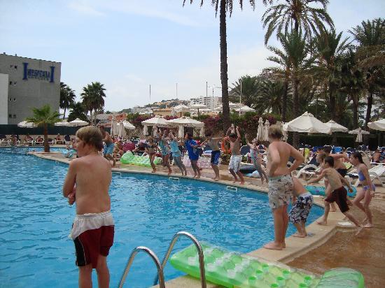 Zafiro Rey don Jaime: the pool area