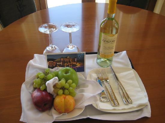 Regina Dell Acqua Resort: Suite: Welcome Pack