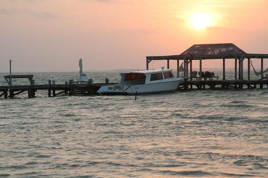 Matachica Resort & Spa: sunrise on the beach