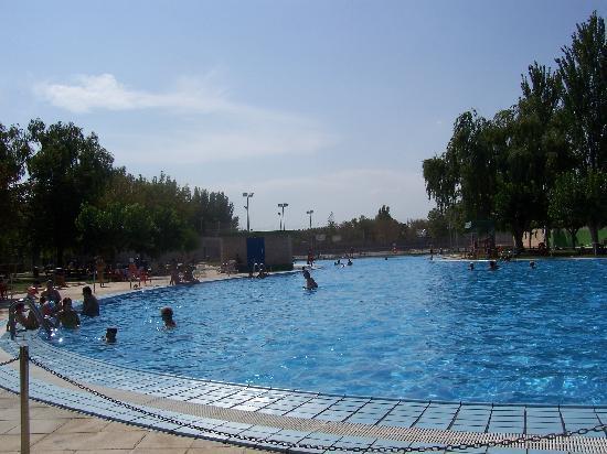 Hotel Hispania: piscina convenzionata a pagamento
