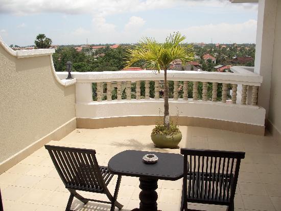 Borei Angkor Resort & Spa : Der Balkon unseres Zimmers