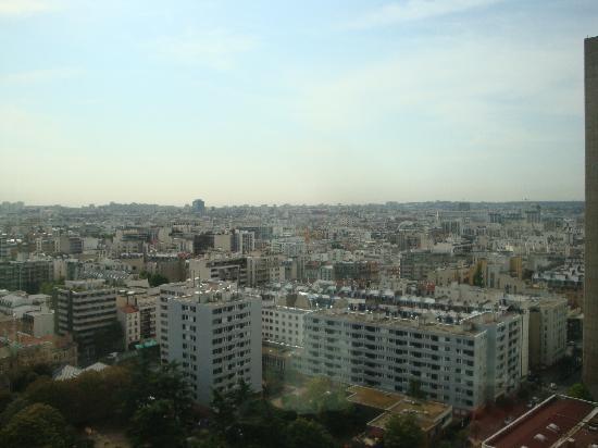 อดาจิโอ ปารีส ตูร์ เอฟแฟล์: Vue coté Montparnasse
