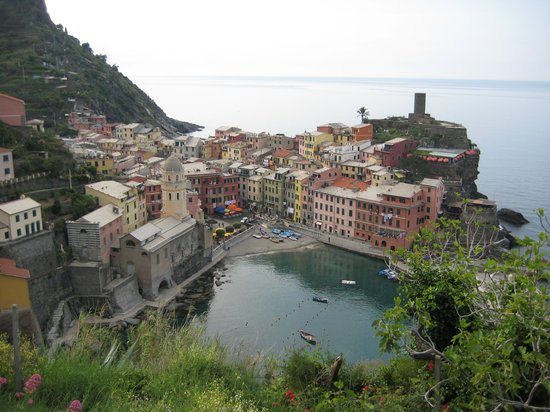 Eva's Rooms: Vernazza from the hiking trail