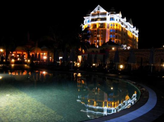 Colakli, Turquie : pool and Fulya