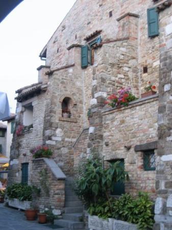 Grado, Italia: Dicke Mauern - kühle Zimmer; auch ohne Air Condition