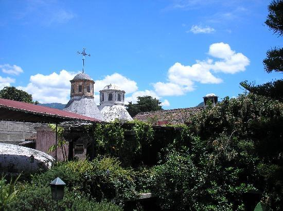 Meson Panza Verde: Roofline view over hotel.