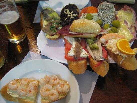 Los Gatos: Our tapas plate (2.5 euros each for total 25 euros)