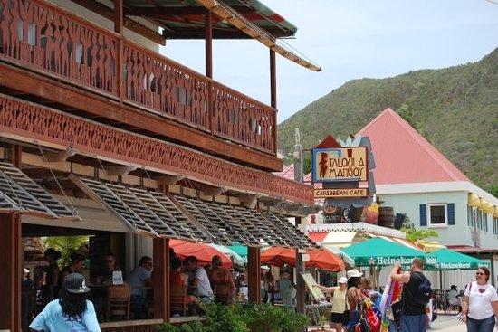 Blue Bittch Bar: Taloula Mango's in Philipsburg