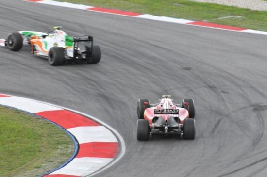 เซปัง, มาเลเซีย: This too is from a practice session so don't get too excited by the sight of a Force India ahead