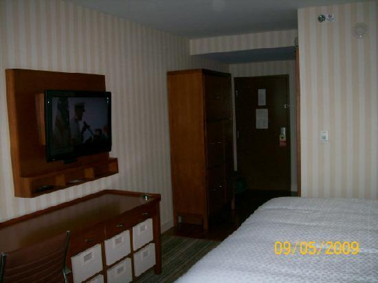 Four Points by Sheraton Columbus Ohio Airport: Room