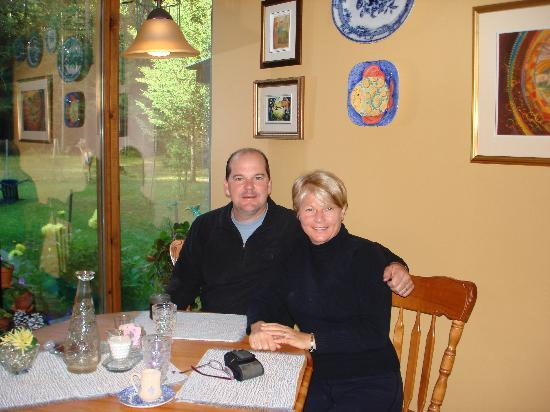 Auberge le Cosy Tremblant: Breakfast at La Croisee des Chemins