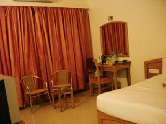 Mapple Viva Goa : The standard room