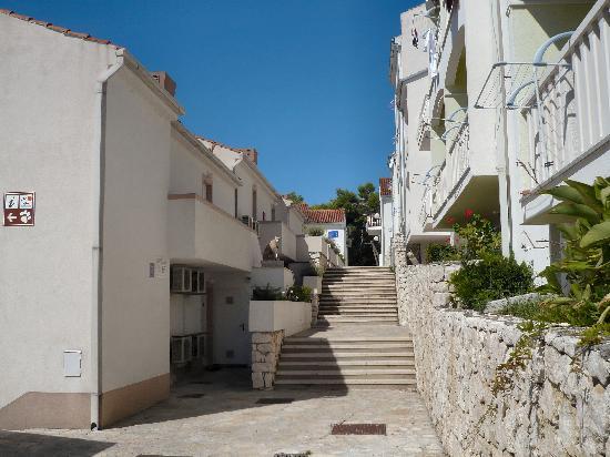 بيتش أبارتمنتس لافيكا: Beach Apartments Lavica - Compound