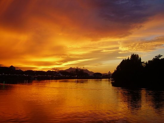 Kuching, Malezya: very nice sunset