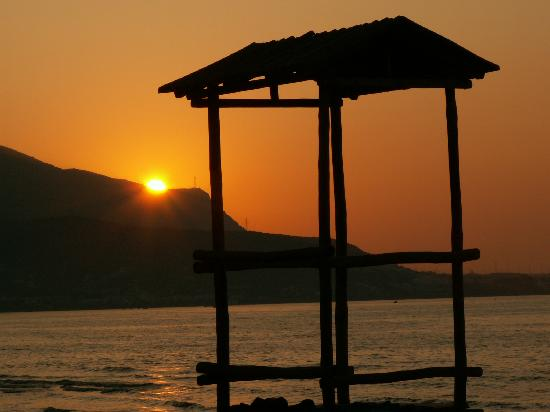Dessole Malia Beach Hotel Photo