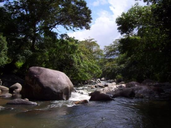 Dehiwala-Mount Lavinia, Sri Lanka : Belihul Oya, Sri Lanka