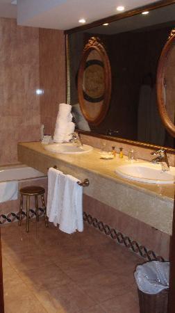 Melia Sancti Petri : baño