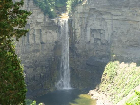 Ithaca, Estado de Nueva York: Taughkanock Falls, Cayuga Lake